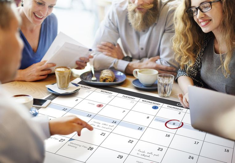 choosing a date and time for an event